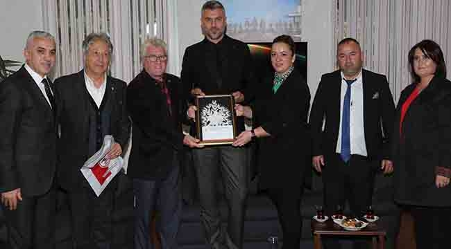 KKTC Derneği'nden Samsunspor Kulübüne Ziyaret