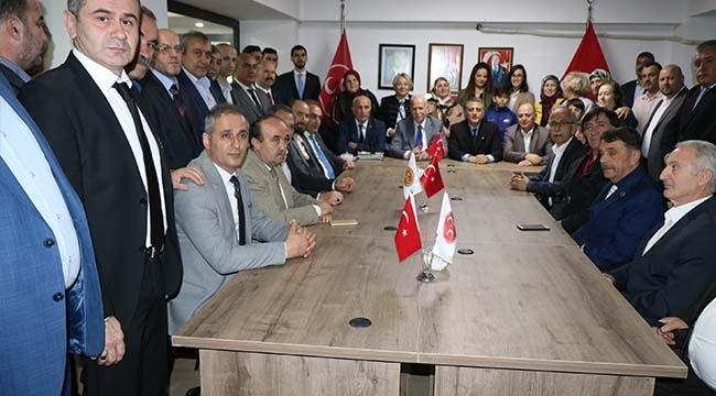MHP'de Atakum'dan Sonra Canik ve İlkadım'da da Bayrak Değişimi Yapıldı