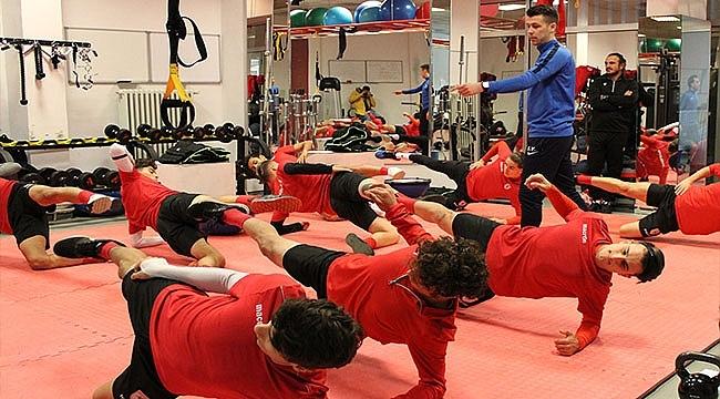 KRC Genk Ekibinden Performans Eğitimi