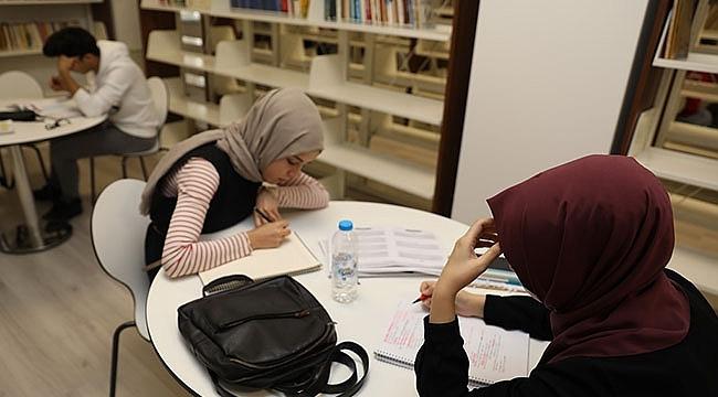 Kütüphane, Sömestr Tatilinde Öğrencilerin En Uğrak Mekânı Oldu