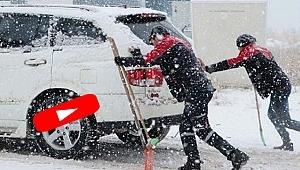 Samsun'da Yağan Kar Sürücülere Zor Anlar Yaşattı!