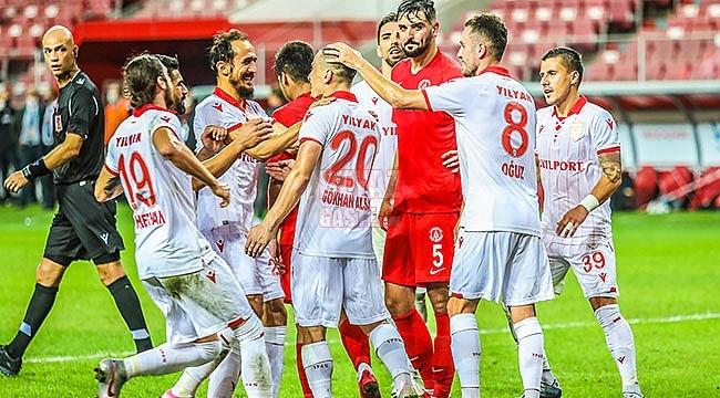 Samsunspor İkinci Yarı Coştu 3-0